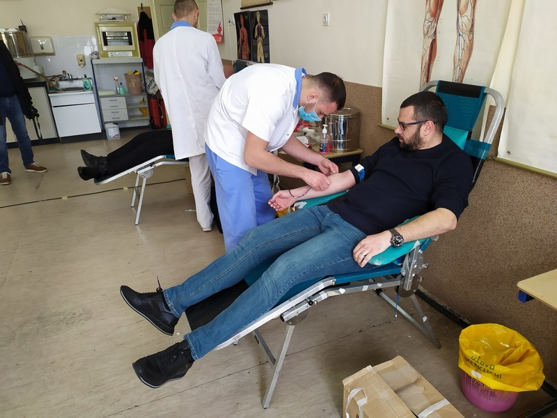 Sveštenici darivanje krvi 00009